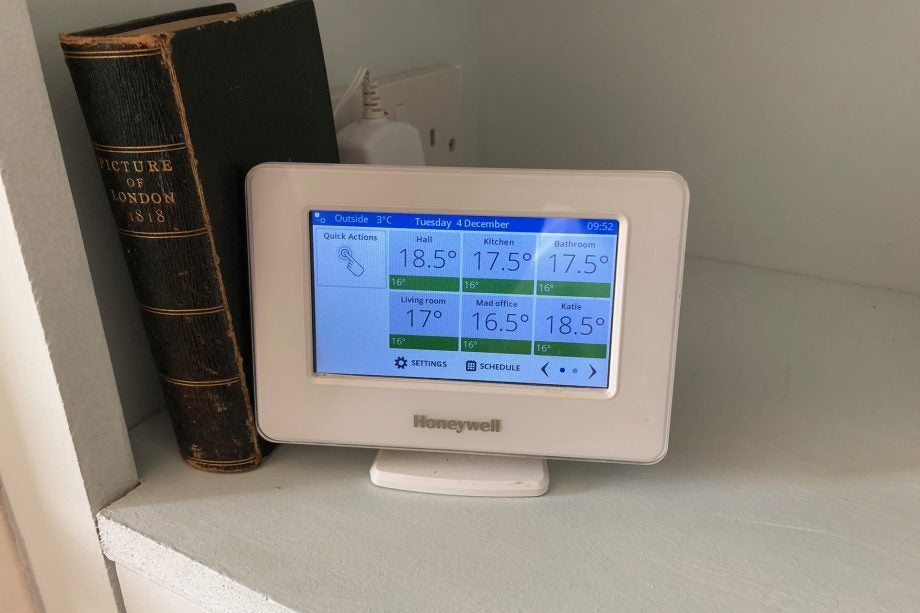 Honeywell Evohome hero
