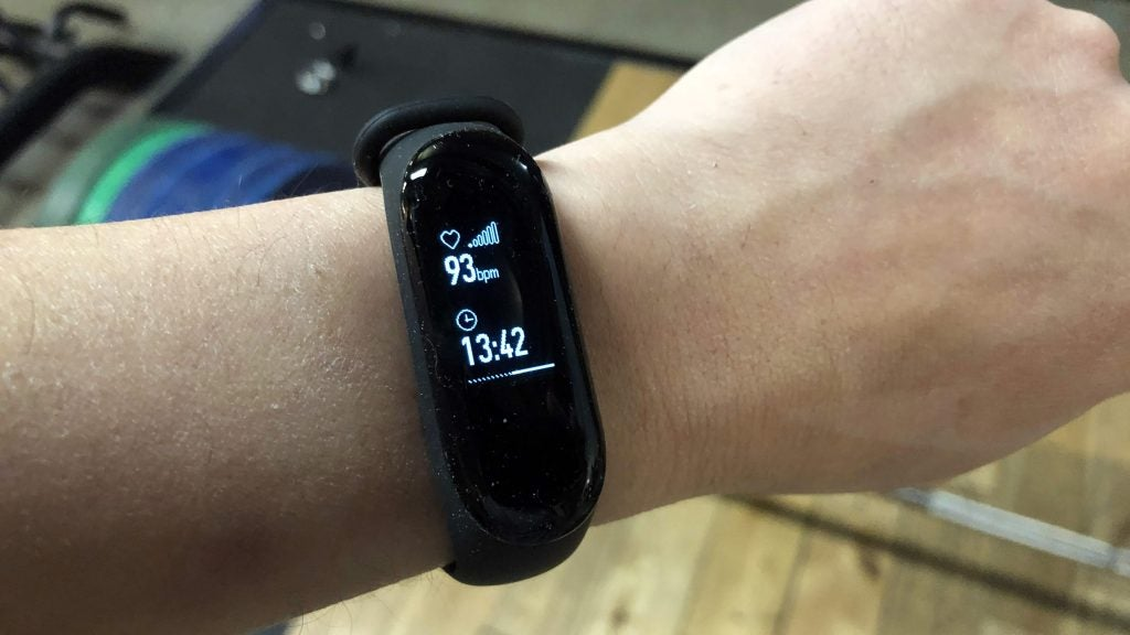 ee46cc305fb Xiaomi Mi Band 3 Review