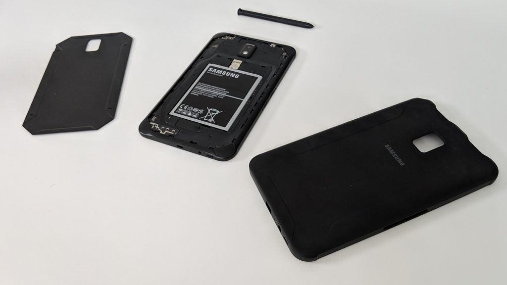 Samsung Galaxy Tab Active 2 case off