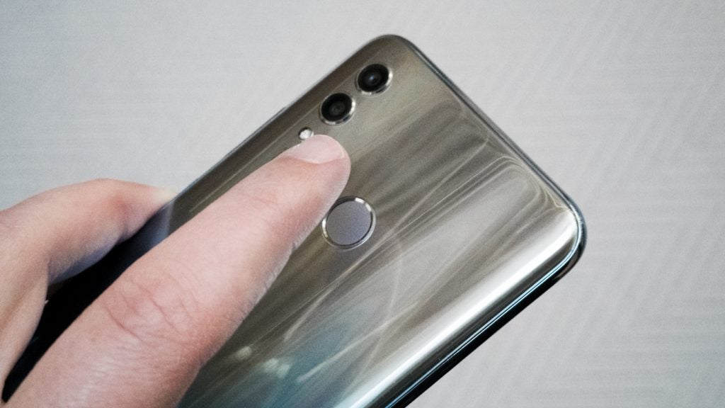 Honor 10 Lite fingerprint sensor