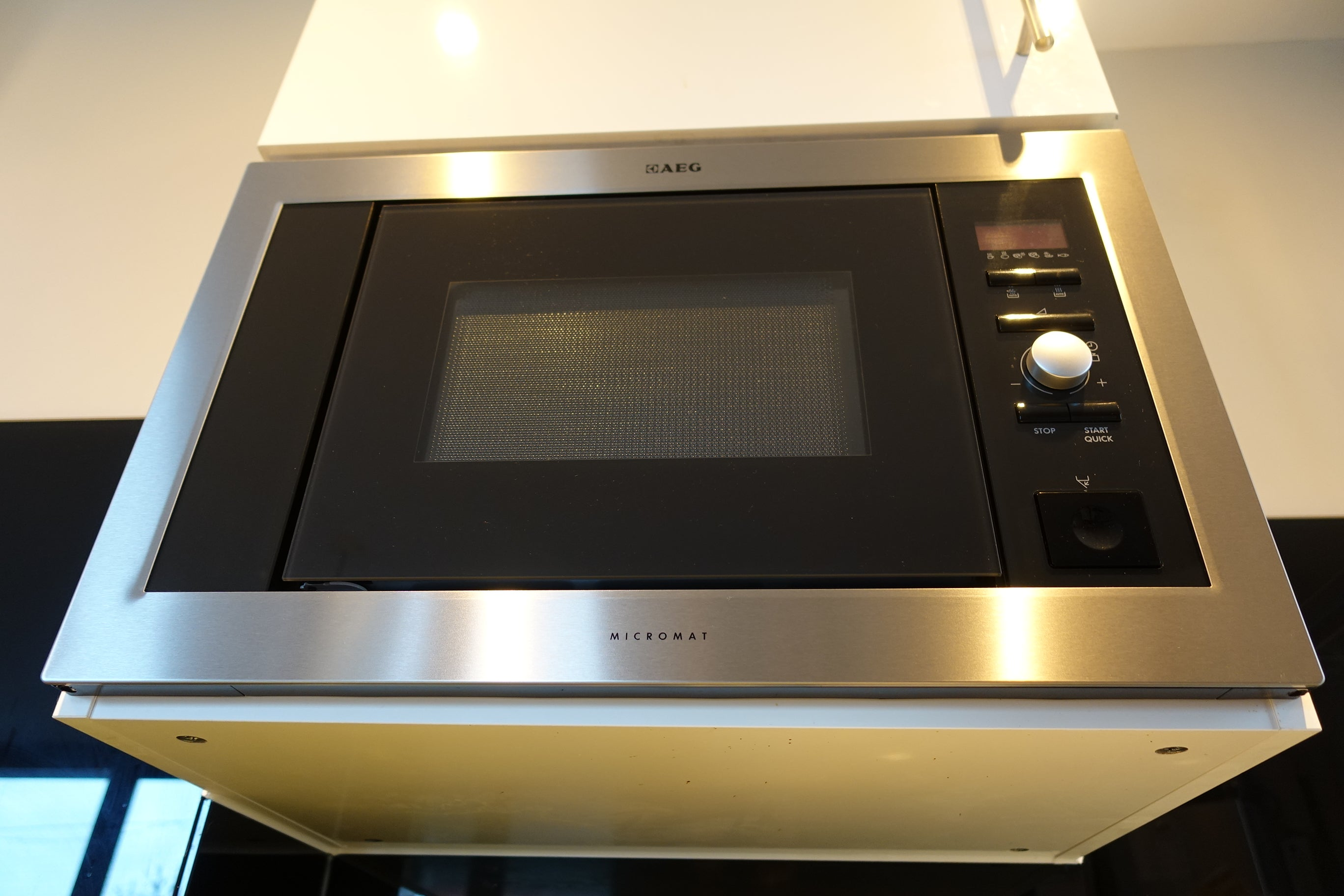 How to clean a microwave | Trusted Reviews