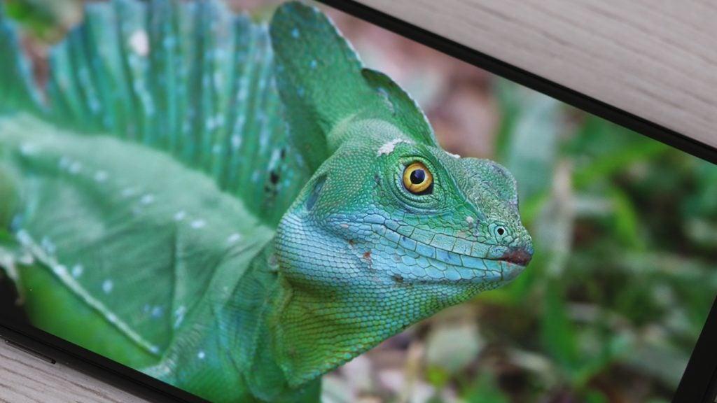 Xiaomi Mi Mix 3 screen angled