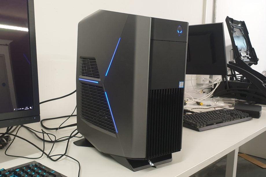 Alienware Aurora R8 gaming desktop Review | Trusted Reviews