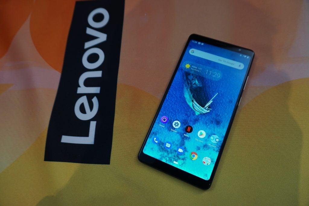 Lenovo Tab V7 screen