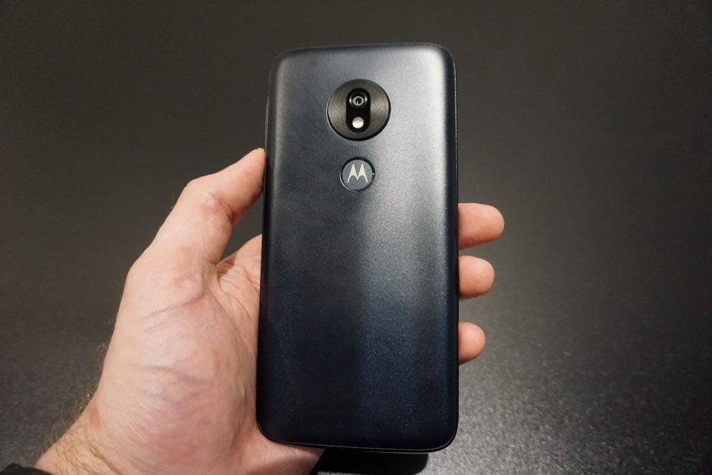 Moto G7 Play held back