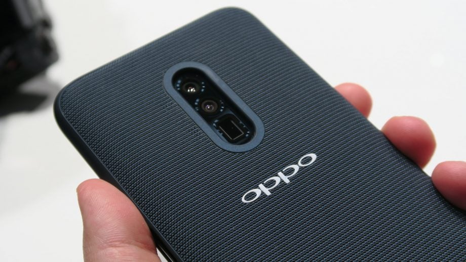 Oppo 10x lossless zoom demo device MWC