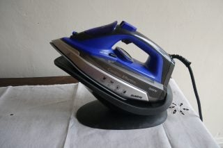 Beldray BEL 0747 2-in-1 Cordless Steam Iron on stand