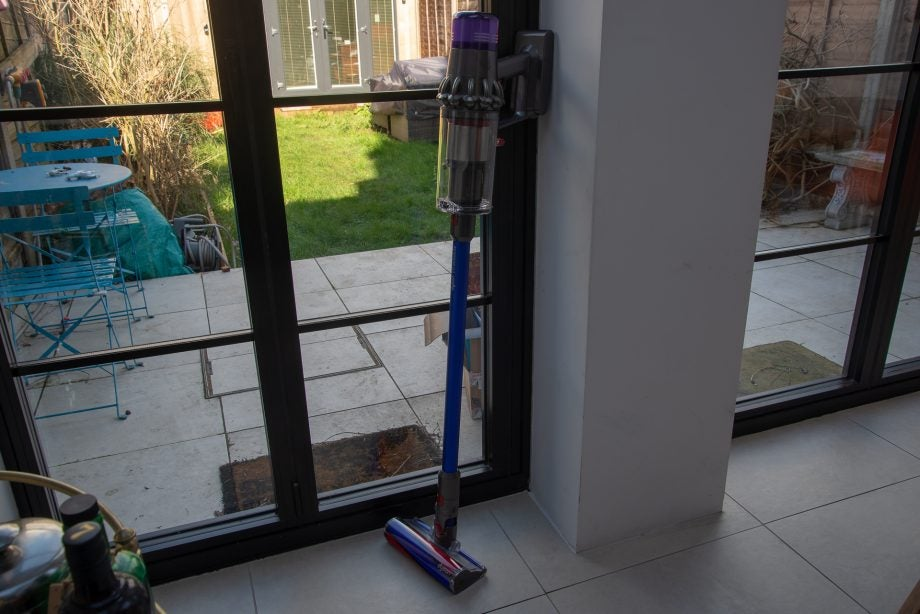 Dyson V11 Absolute standing up