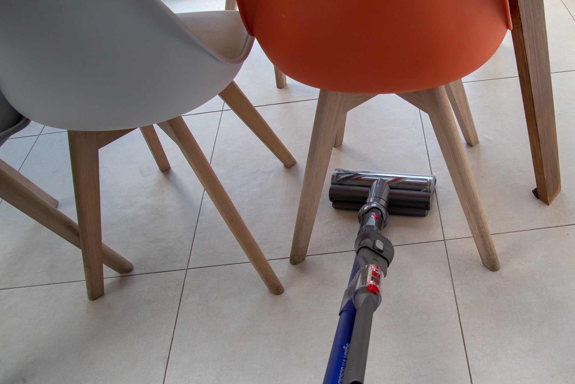 Dyson V11 Absolute manoeuvrability