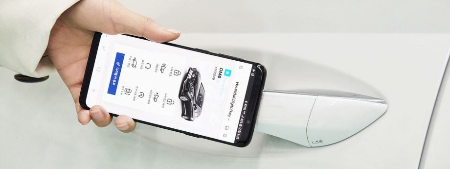 Unlock Car With Phone >> Hyundai S New App Will Let You Unlock Your Car With Nfc