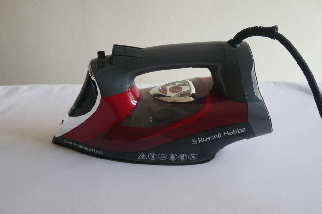 Russell Hobbs One Temperature Iron 25090 hero