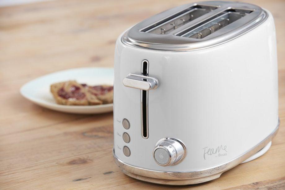 Swan Fearne 2-Slice Toaster