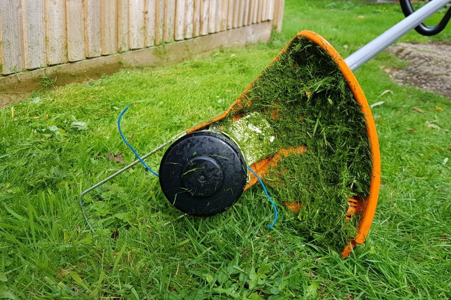 Stihl FSA 56 Cordless Grass Trimmer Review | Trusted Reviews