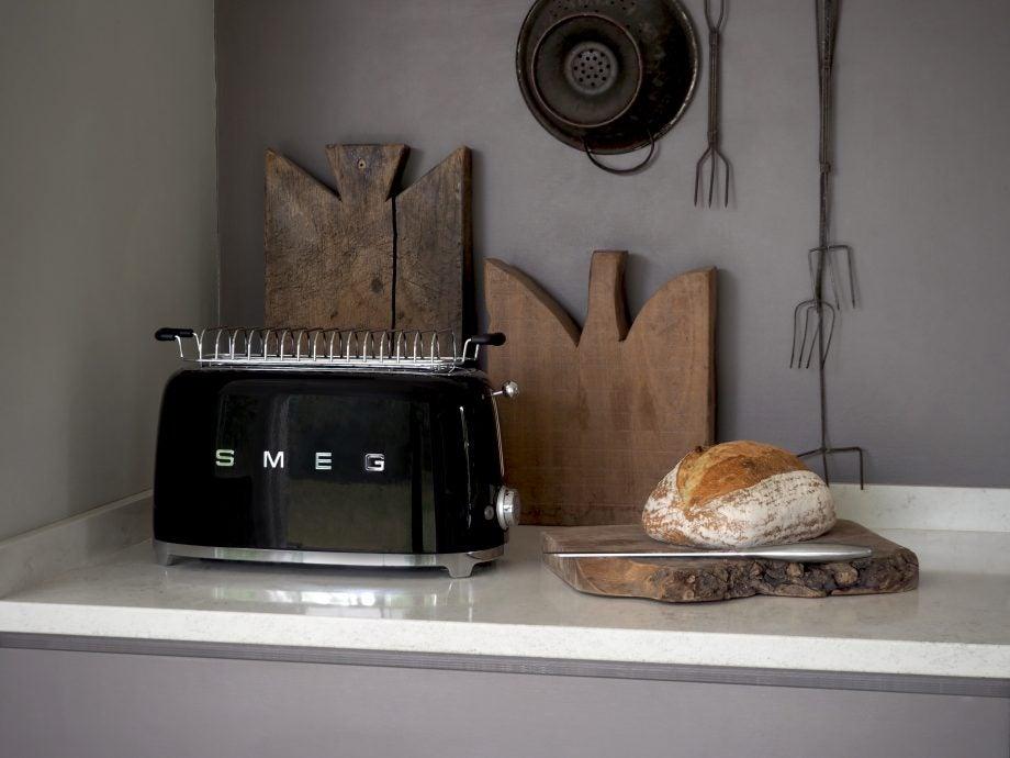 Smeg TSF02 4-Slice toaster