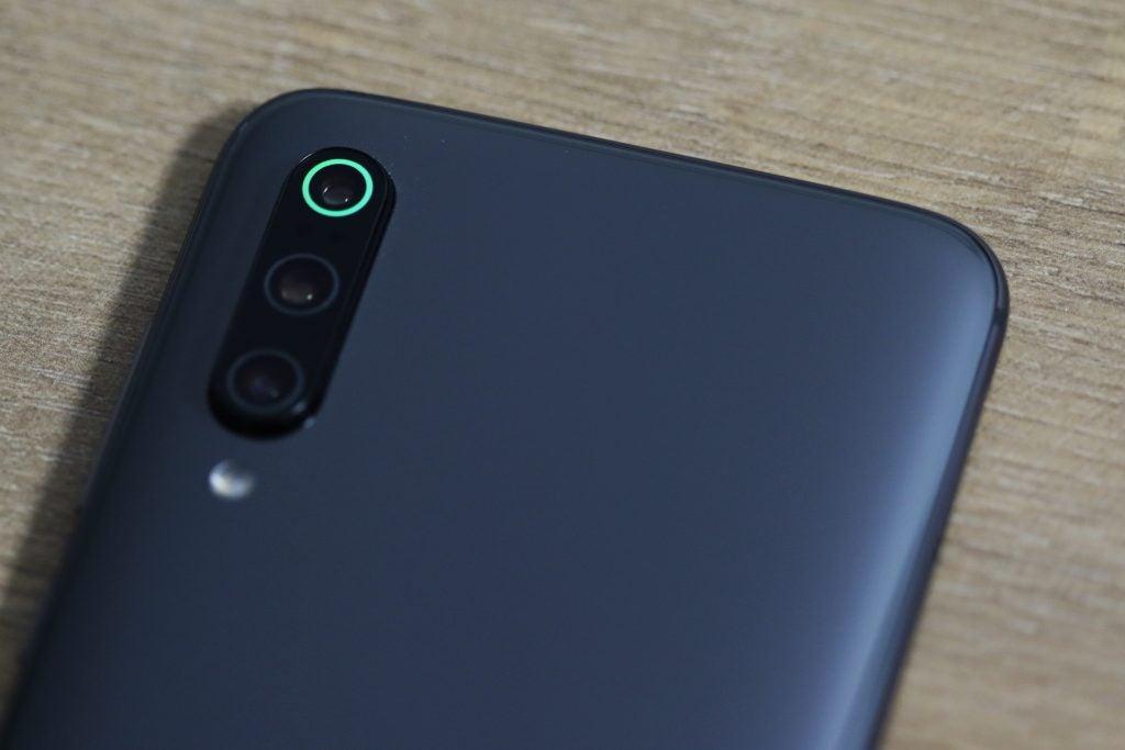 Xiaomi Mi 9 camera macro green ring 2