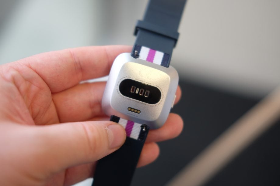 Fitbit Versa Lite Review   Trusted Reviews