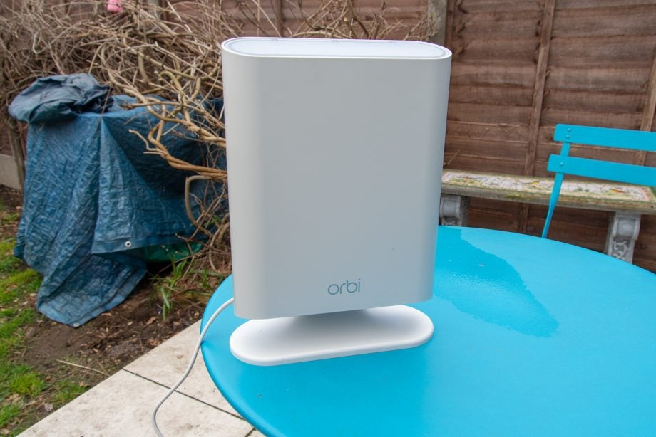 Netgear Orbi Outdoor (RBS50Y) hero