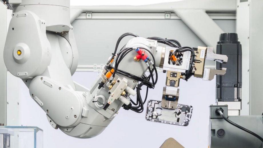 Apple Daisy robot