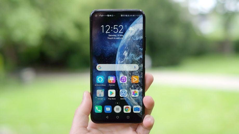 Honor 20 Pro home screen straight handheld