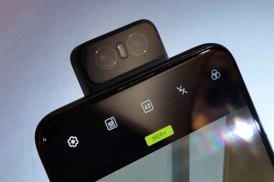 Asus ZenFone 6 front camera hands on