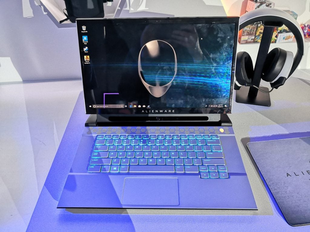 Alienware laptops receive a sci-fi makeover and a rocket-boosted upgrade