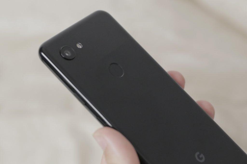 Google Pixel 3a камера под углом макрос