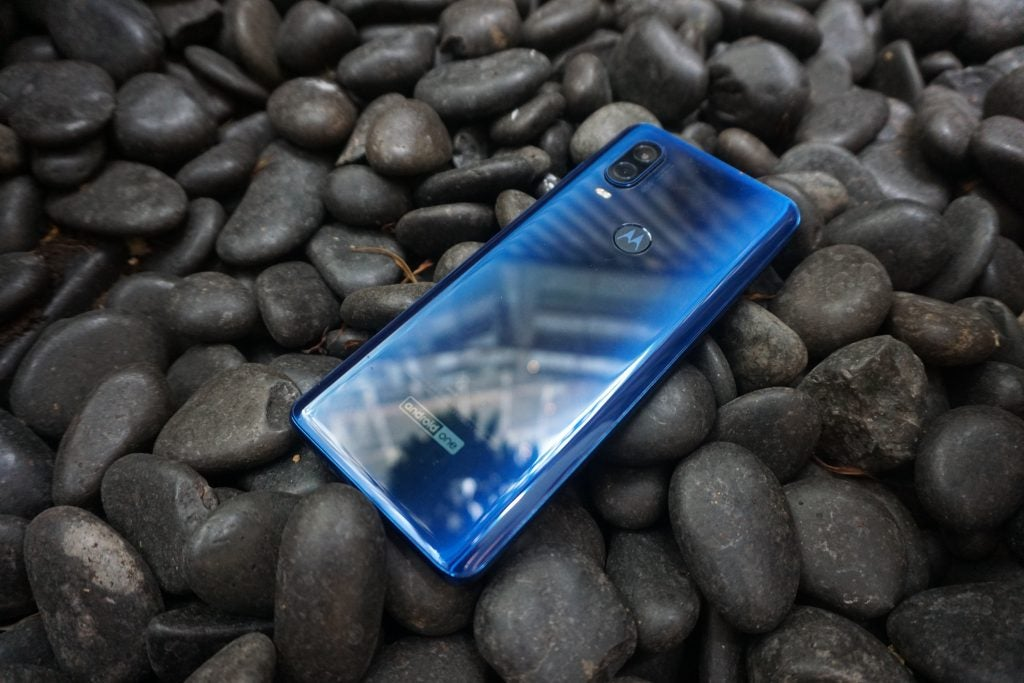 Motorola One Vision back 2