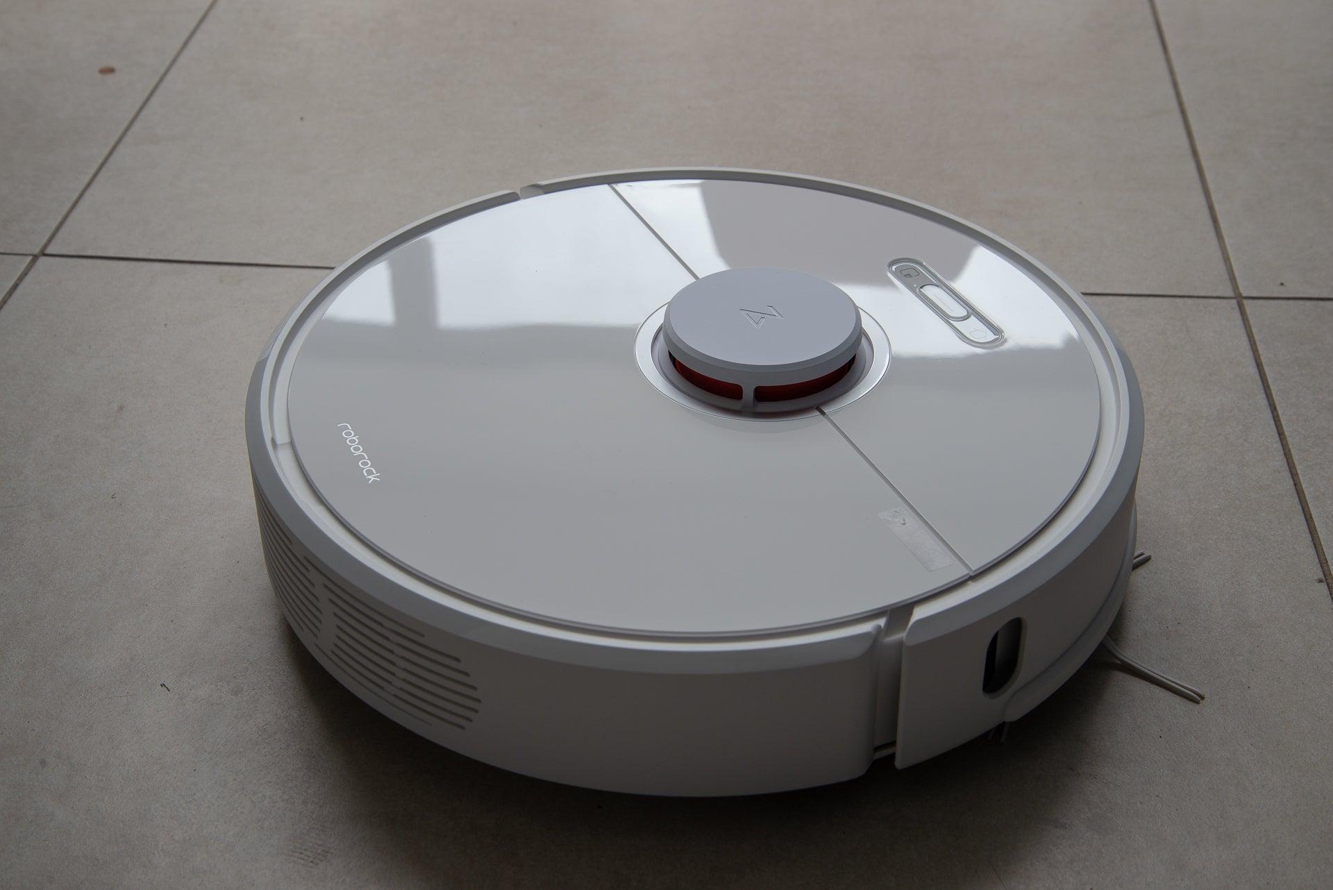 Roborock S6 Robot Vacuum Cleaner review: programmable robot