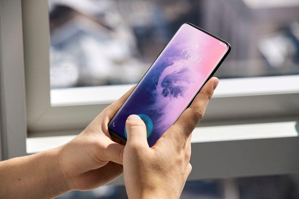 OnePlus 7 Pro против OnePlus 7 больших различий