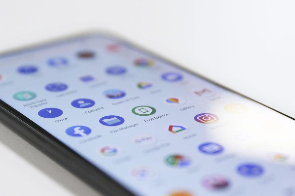 Asus ZenFone 6 перспективы приложения ящик