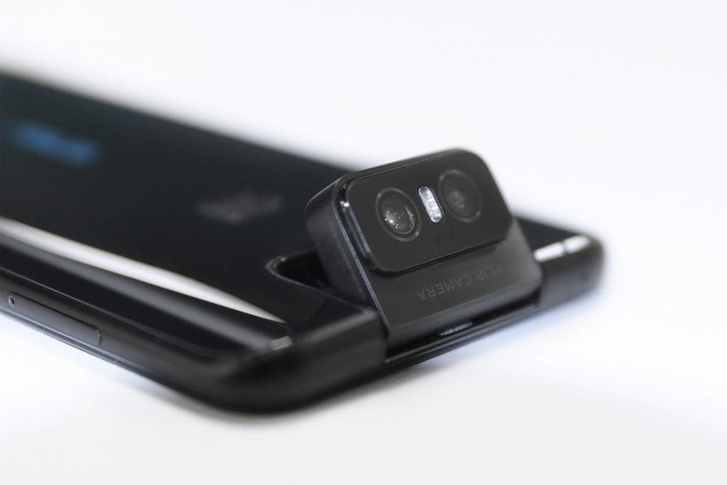 Камера Asus ZenFone 6 угловая