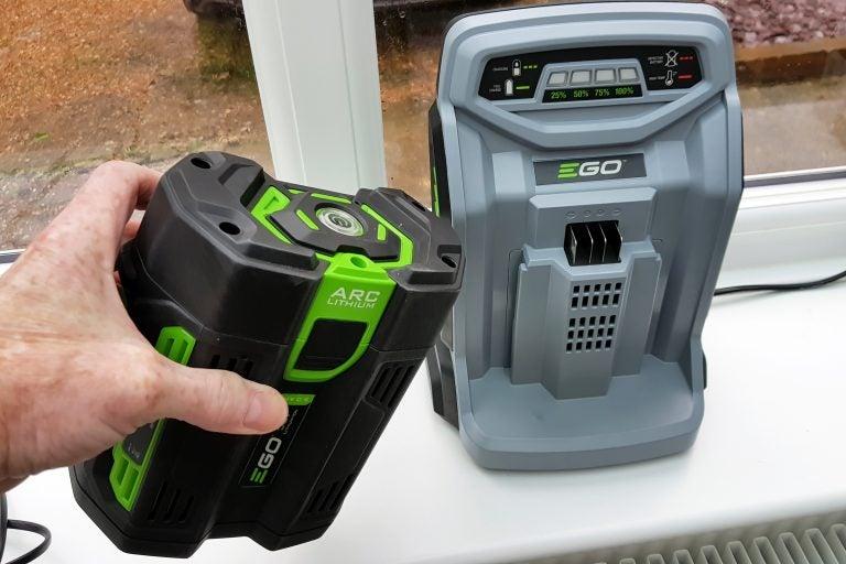 EGO Power Multi-Tool MHSC2002E kit Review 2