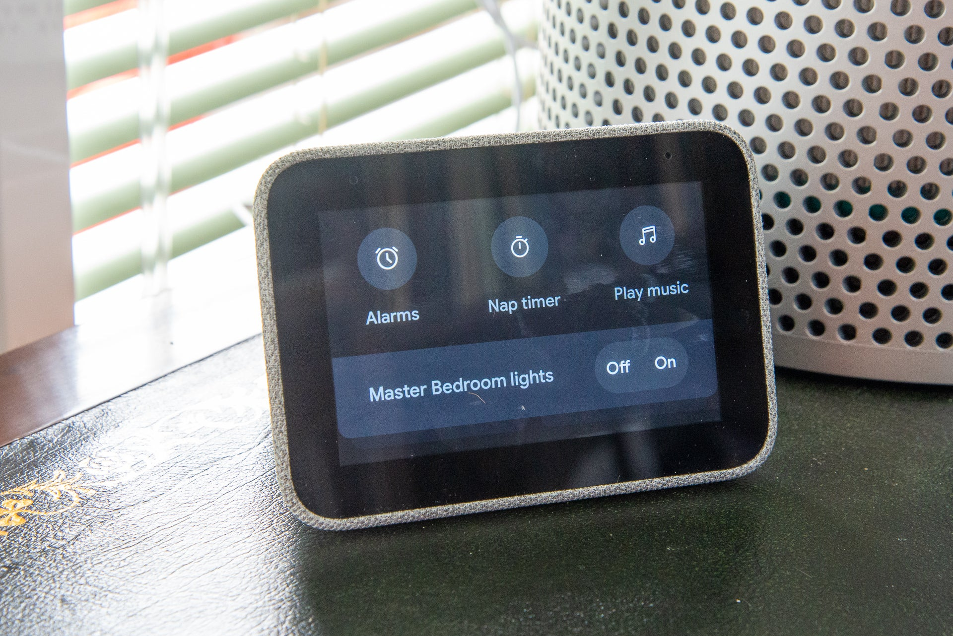 Lenovo Smart Clock smart home
