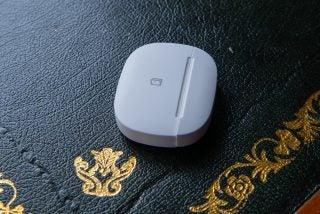 Samsung SmartThings multi-purose sensor