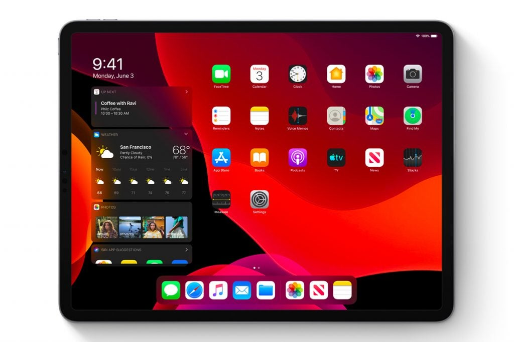 iPadOS dark mode home screen