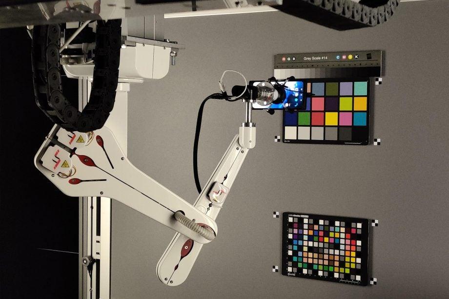 OnePlus RnD lab Taipei robot arm