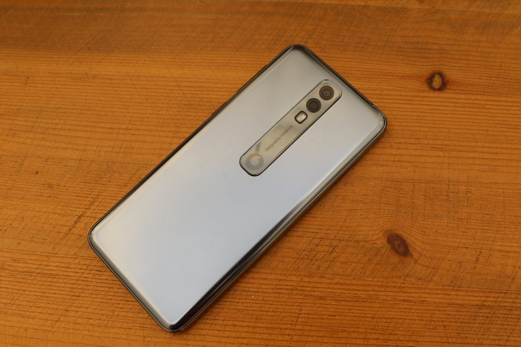 Vodafone Smart V10 Review 2