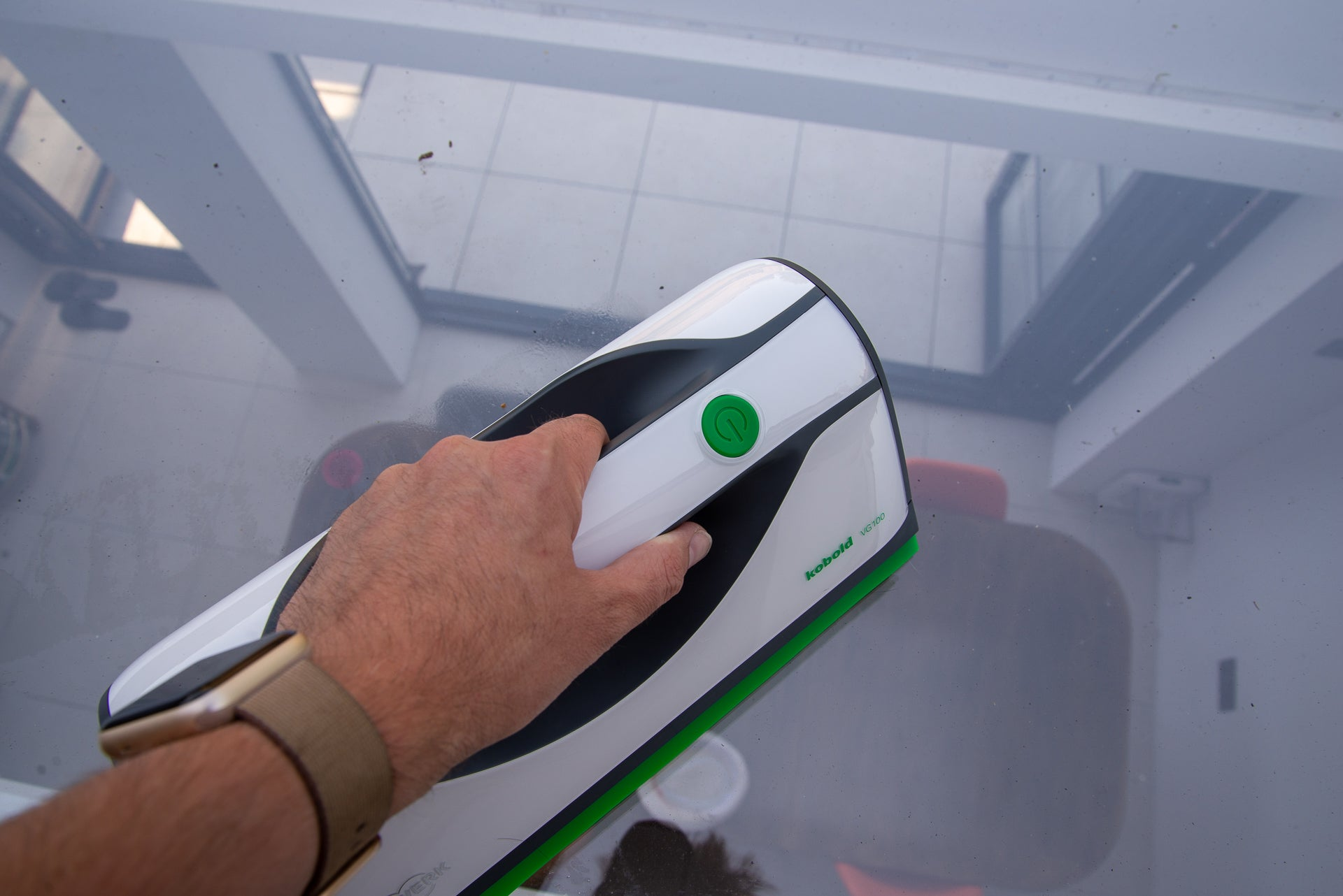 Vorwerk Kobold VG100 Window Cleaner in use