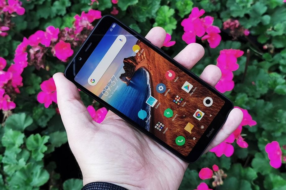 Xiaomi Redmi 7A front angled handheld
