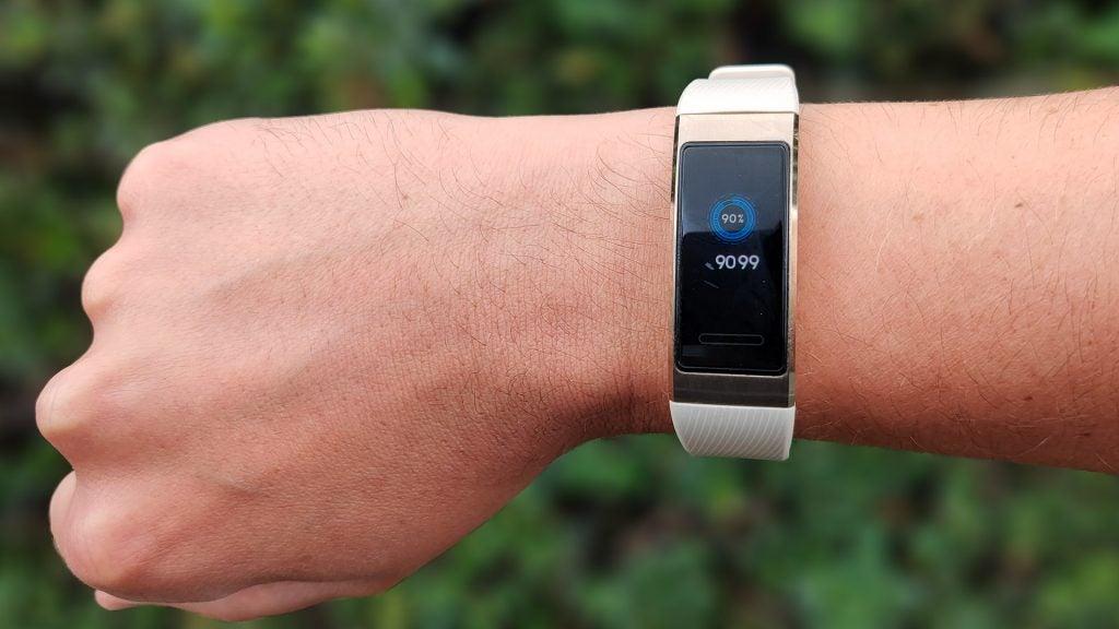 Huawei Band 3 Pro Review 5