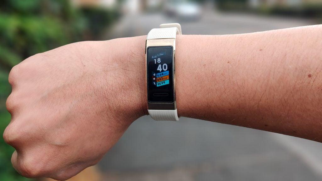 Huawei Band 3 Pro Review 2