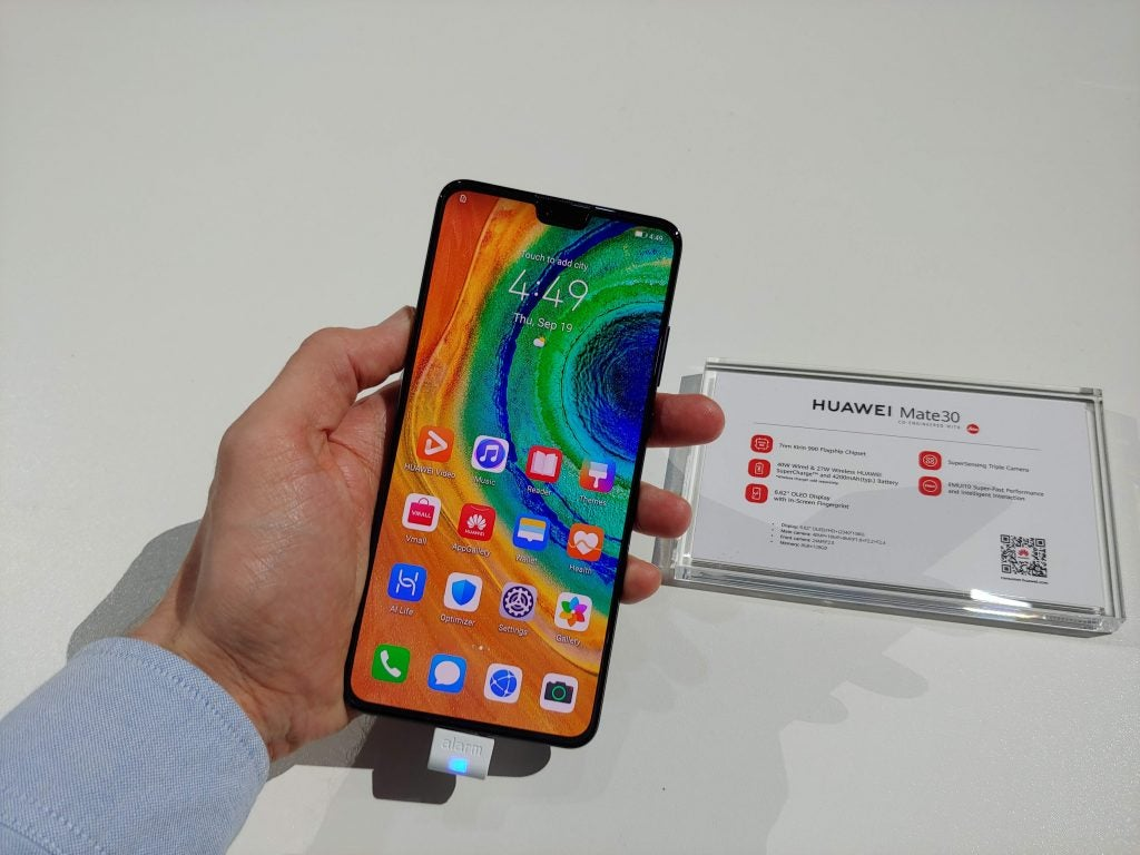 Huawei Mate 30 Hands on – Can it survive the lack of Google? 1