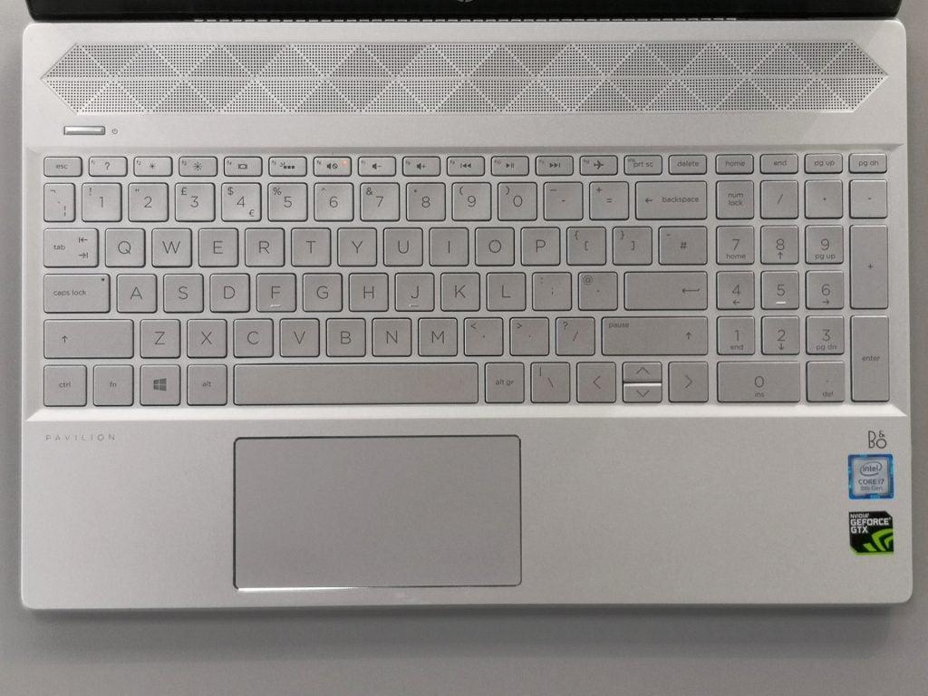 HP Pavilion 15 cs1506sa review - keyboard detail
