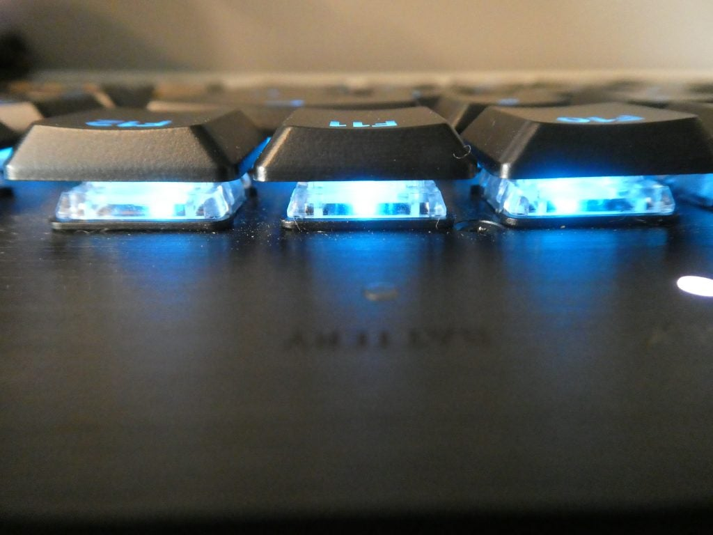 Logitech G915 key switches