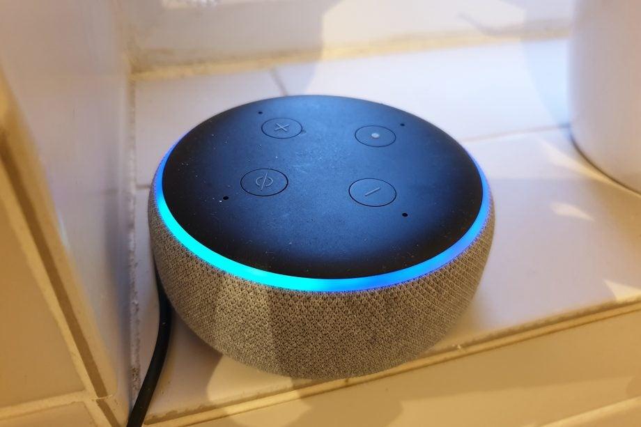 Amazon Echo blue light