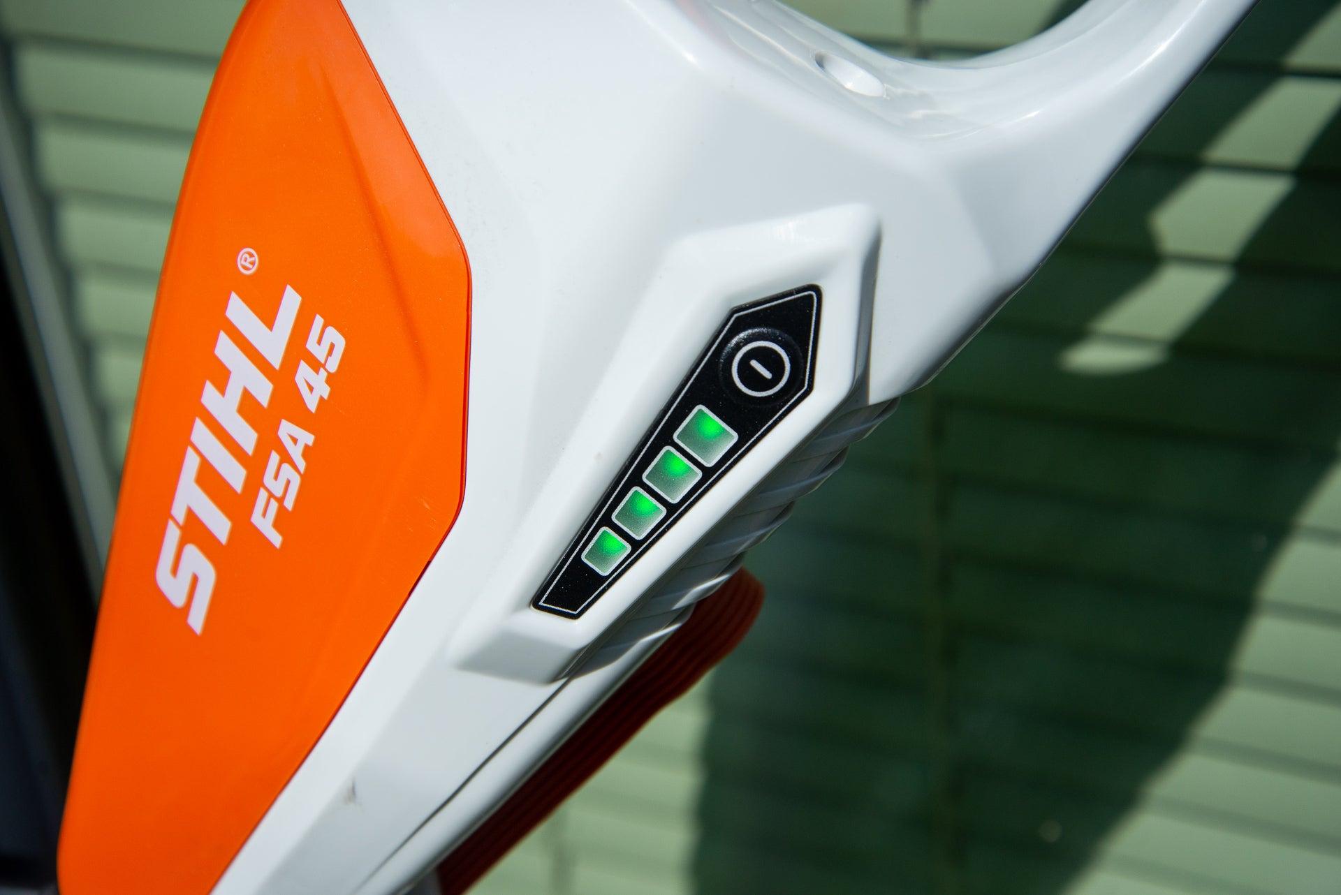 Stihl FSA 45 charge status