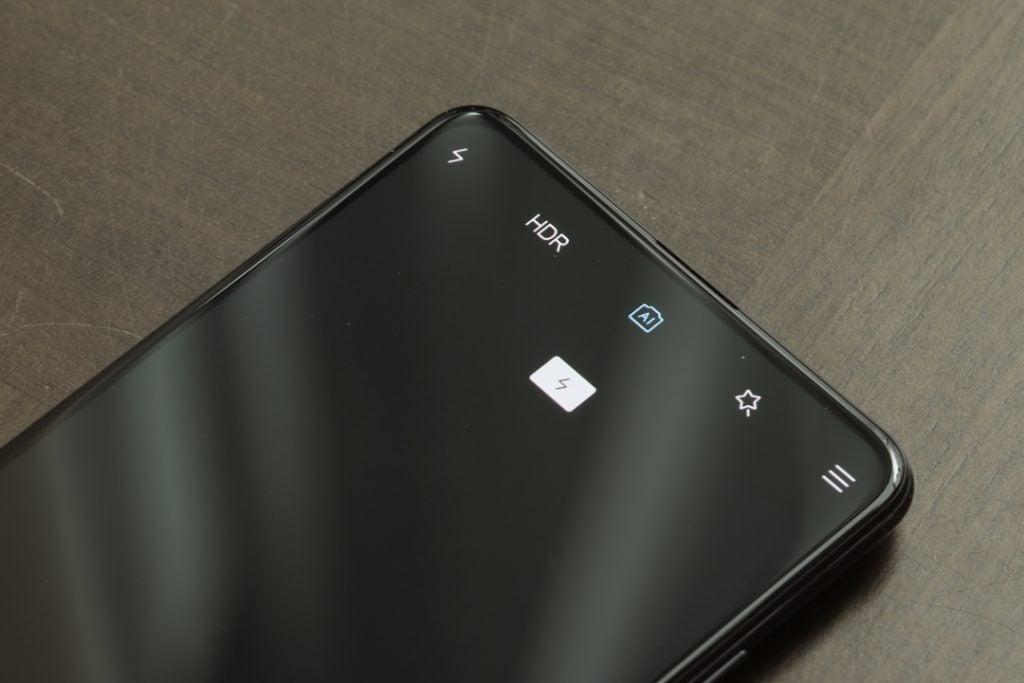 Xiaomi Mi 9T Pro camera screen