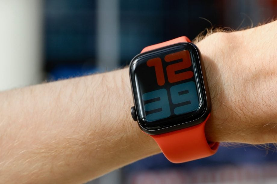 Apple Watch 5 Review: Is the Series 5 the ultimate smartwatch?