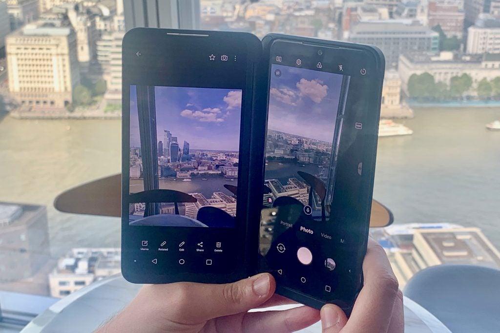 LG G8X ThinQ Review 1