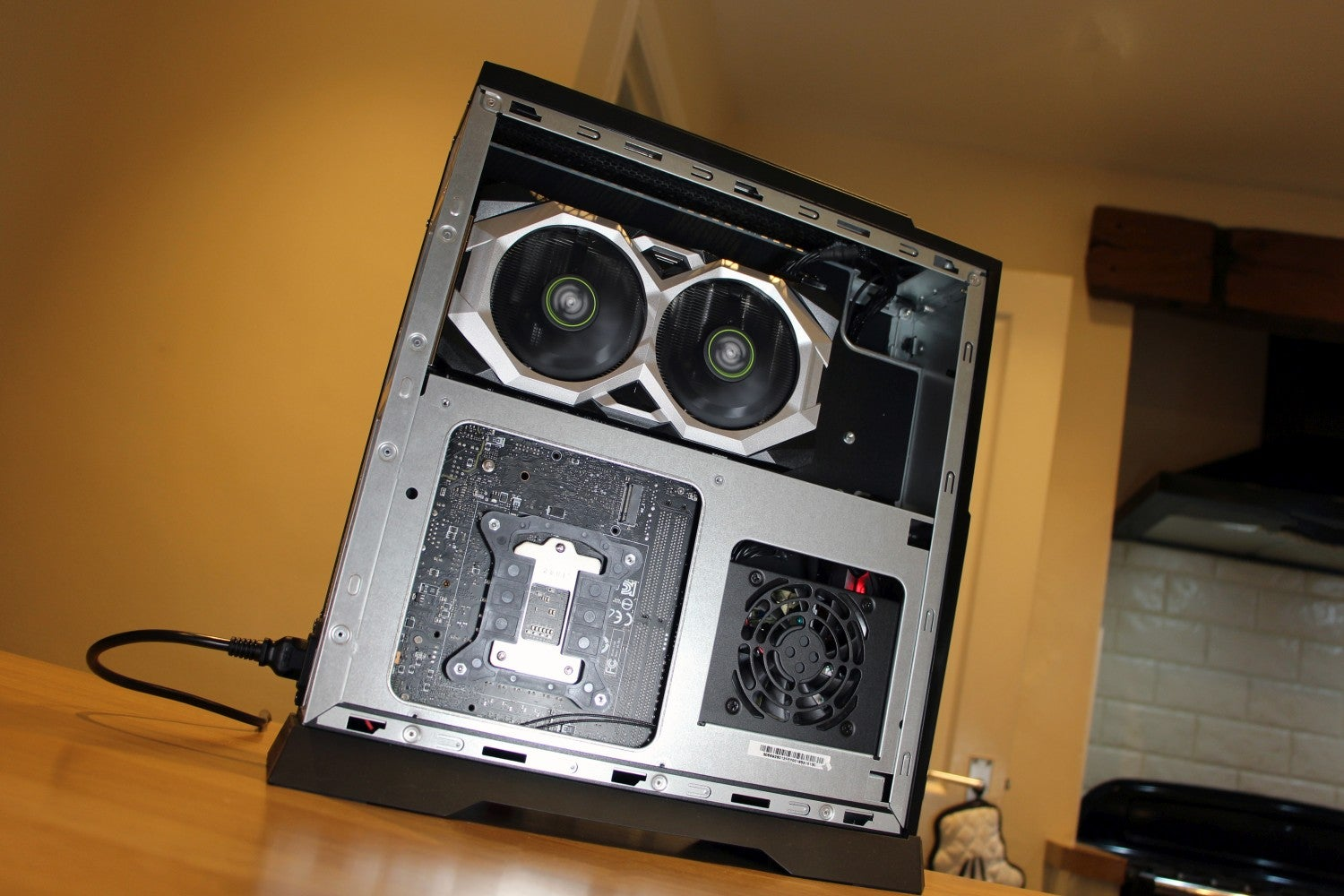 MSI Trident A 03